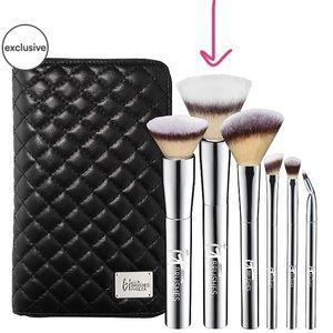 NWT - IT Brushes for Ulta - Blurring Powder Brush
